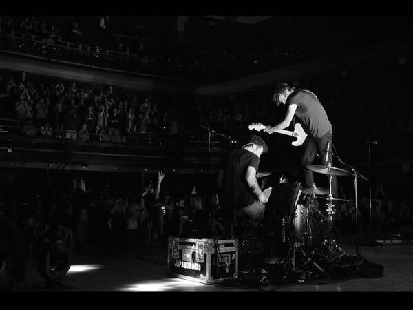 Japandroids – Massey Fucking Hall
